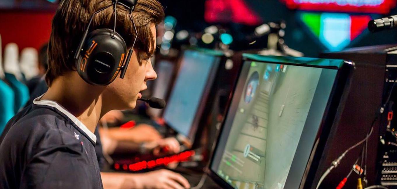 Gli eSports? Il modo più veloce per imparare l'inglese