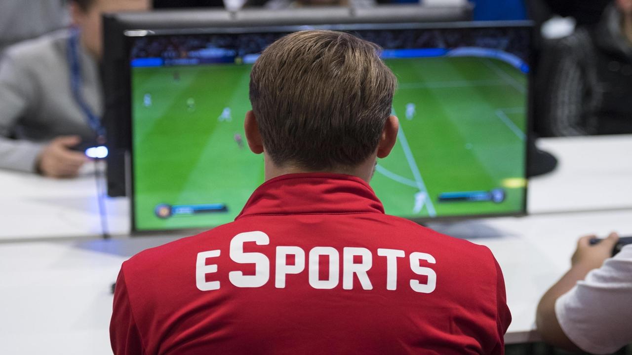 Che differenza c'è tra eSports e sport tradizionali